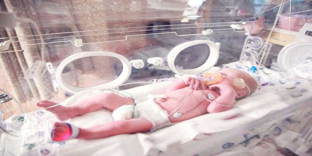 premature baby omega 369